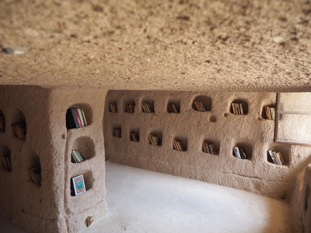 Kütüphane eski güvercinlik.