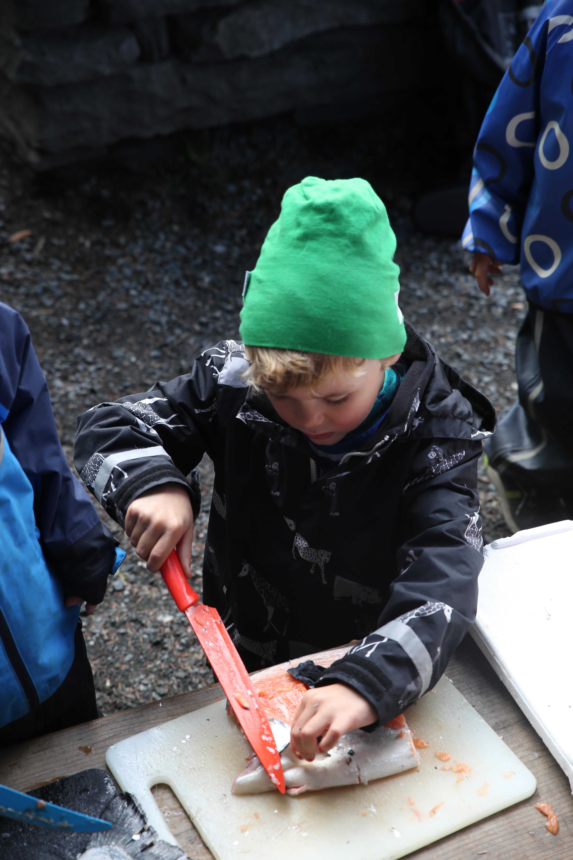 Henrik balık öğrenirken... Fotoğraf: Norwegian Seafood Council